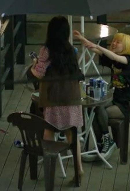 Mỹ nhân Hàn bị ném đá vì ăn mặc nóng bỏng trong phim mới-5