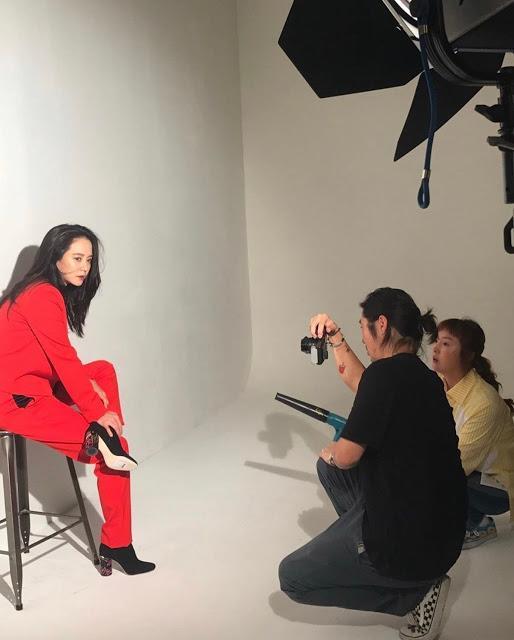Nhan sắc cực phẩm của mợ ngố Song Ji Hyo trong ảnh chưa chỉnh sửa-4