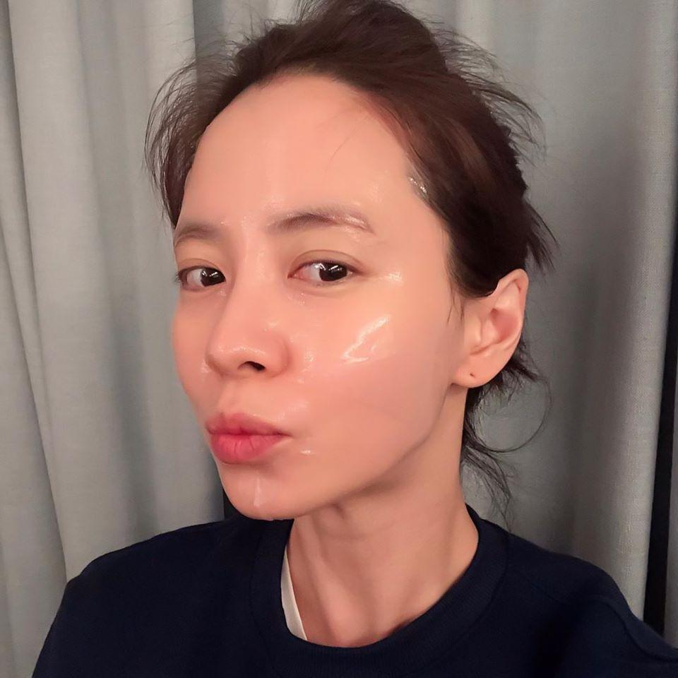 Nhan sắc cực phẩm của mợ ngố Song Ji Hyo trong ảnh chưa chỉnh sửa-8