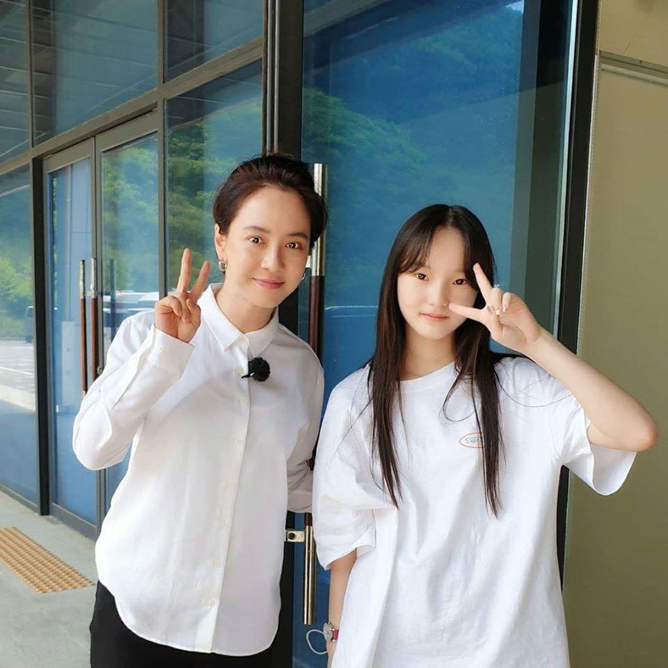 Nhan sắc cực phẩm của mợ ngố Song Ji Hyo trong ảnh chưa chỉnh sửa-10