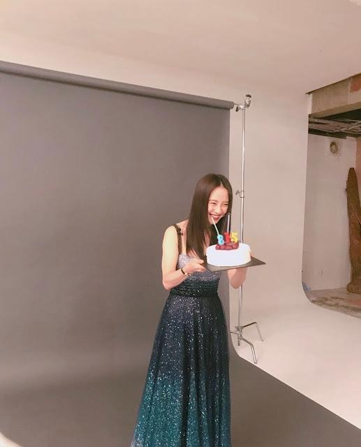 Nhan sắc cực phẩm của mợ ngố Song Ji Hyo trong ảnh chưa chỉnh sửa-6