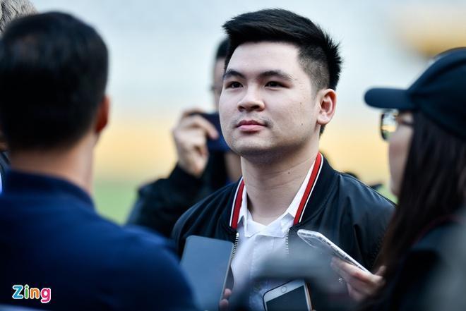CLB Hà Nội sẵn sàng trả tiền để Văn Hậu ở lại Hà Lan-1
