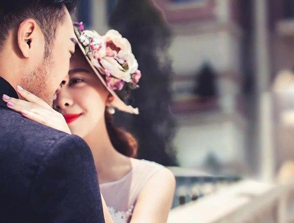 Chồng kết bạn lại với người yêu cũ mới ly hôn: Thấy em không hạnh phúc, anh rất đau lòng-4