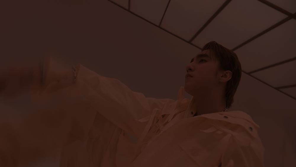 HOT: Sơn Tùng M-TP comeback với hình ảnh bí ẩn như ma thuật-2
