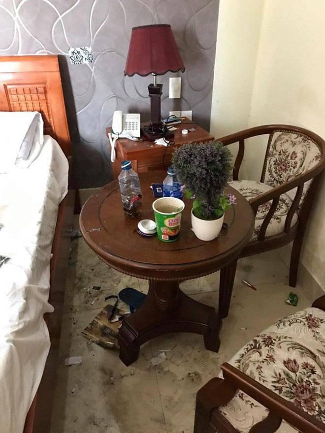 Khiếp sợ những pha ở bẩn kinh hoàng của thượng đế khi thuê phòng khách sạn-11