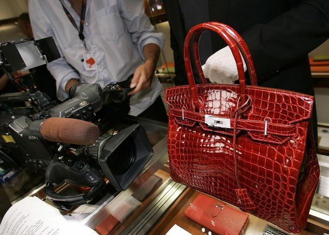 Cập nhật về đường dây làm túi Hermès Birkin giả thu lợi nhuận hàng triệu USD-1