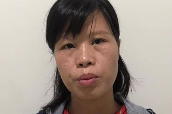 Nóng: Người mẹ bỏ con dưới hố gas đang bị tạm giam điều tra do liên quan một vụ án khác-1
