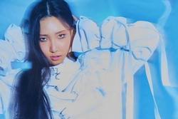 Hwasa MAMAMOO mạnh mẽ tiến thẳng vào top Itunes với solo album 'Maria'