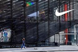 Nike lỗ gần 800 triệu USD, sa thải hàng loạt nhân sự