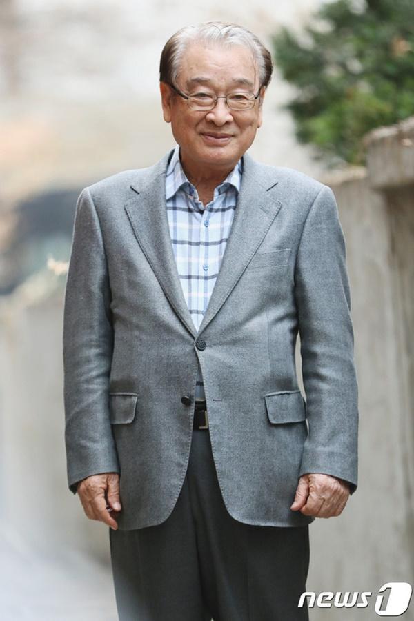 Ông nội quốc dân Lee Soon Jae: Từ tin đồn mê tín dị đoan truyền bá tà giáo cho tới việc bị tố ngược đãi người làm-6