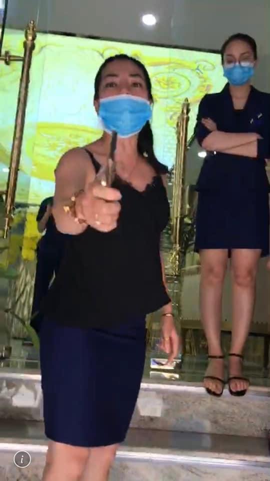 Sự thật nữ khách hàng bị thẩm mỹ viện Venus gọi giang hồ đánh chảy máu mặt vì đòi bảo hành-4