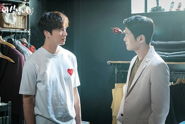 Nụ hôn đồng giới của Hyun Bin và cuộc thay đổi lịch sử của phim Hàn-4