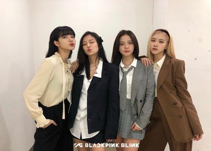YG Entertainment nhổ neo, công bố phát sóng show thực tế nóng rực của Black Pink-1