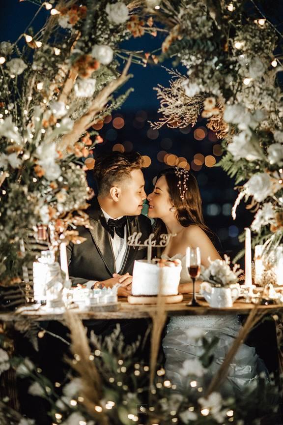 Chuyện tình như mơ của cặp đôi quen 1 tháng, yêu 8 năm, phạm lời nguyền chia tay 2 tiếng-2