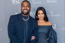 Kim Kardashian gây tranh cãi khi tự nhận là tỷ phú