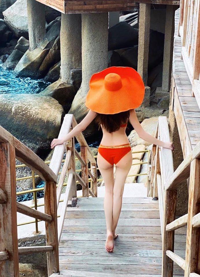 Hồ Ngọc Hà pose hình khéo léo khiến mẹ bầu bí mà vẫn đẹp như gái tơ-4