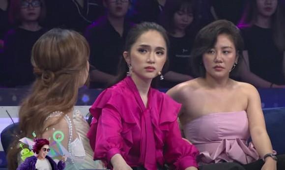 Văn Mai Hương gây tranh cãi vì gu thời trang tại Người ấy là ai-1