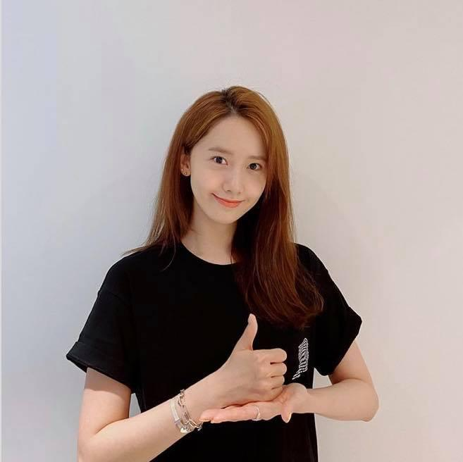 SNSD Yoona và Lee Hyori phải xin lỗi vì đi karaoke giữa dịch Covid-19-4