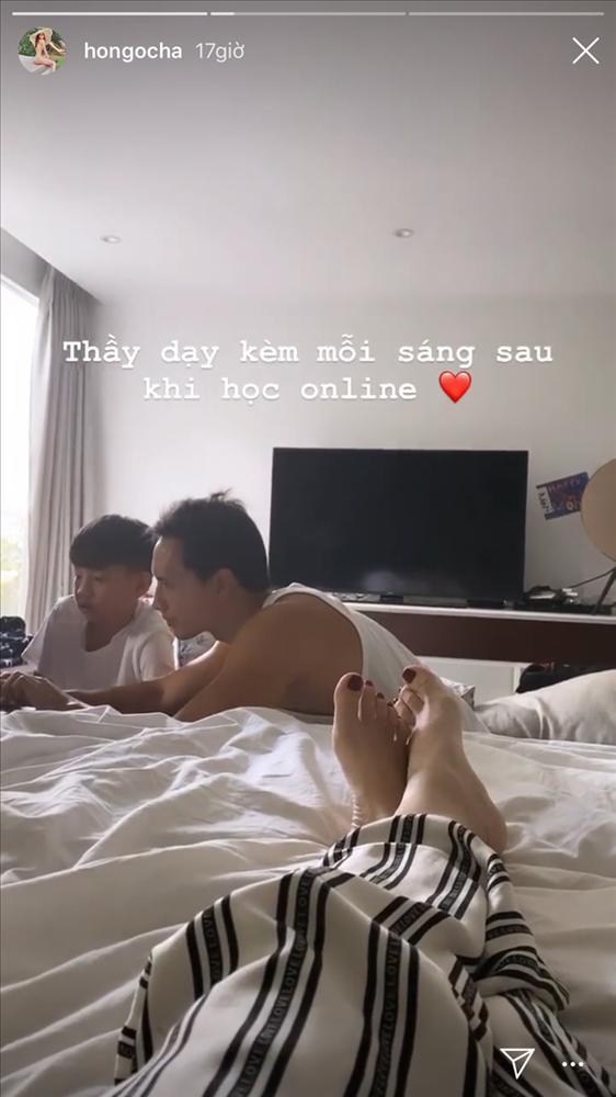 Kim Lý chăm sóc con trai Hồ Ngọc Hà như con đẻ