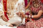 Đám cưới tang tóc: Chú rể chết, 113 người nhiễm Covid-19