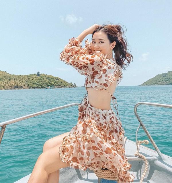 Thanh Hằng, Tóc Tiên bắt trend cực nhanh với loạt trang phục hot nhất mùa hè-11