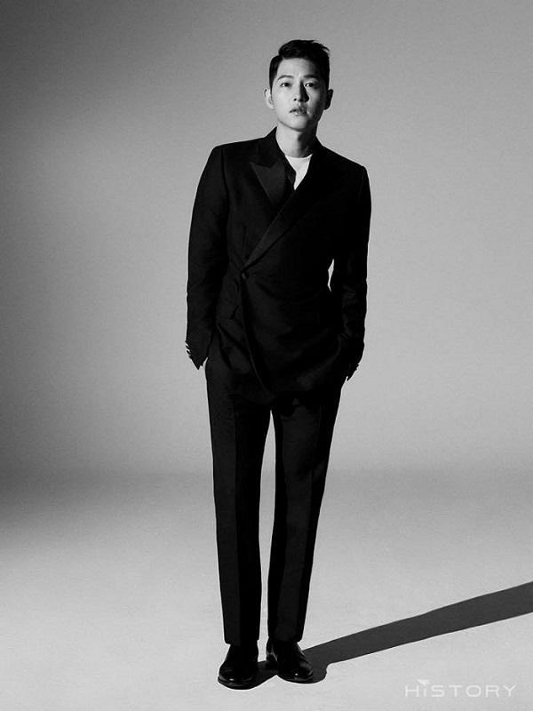 Song Joong Ki rục rịch trở lại với vai trùm Mafia đội lốt luật sư-1