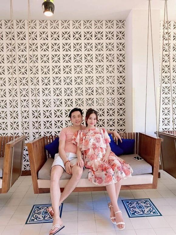 Vợ nhạc sĩ Dương Khắc Linh phá nét khi mang bầu, hơn 5 tháng mà tưởng chừng sắp đẻ-1