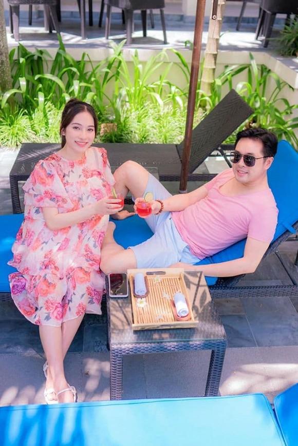 Vợ nhạc sĩ Dương Khắc Linh phá nét khi mang bầu, hơn 5 tháng mà tưởng chừng sắp đẻ-5