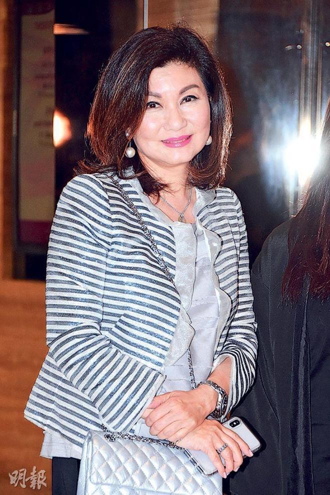 Vì sao bà trùm Lạc Di Linh khiến showbiz Hong Kong nể sợ?-2