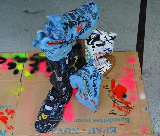 Giày vảy sơn lung tung gây tranh cãi khi có giá hơn 2.000 USD-2
