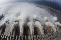 Nước lũ đổ về đập Tam Hiệp, Trung Quốc kích hoạt ứng phó khẩn cấp