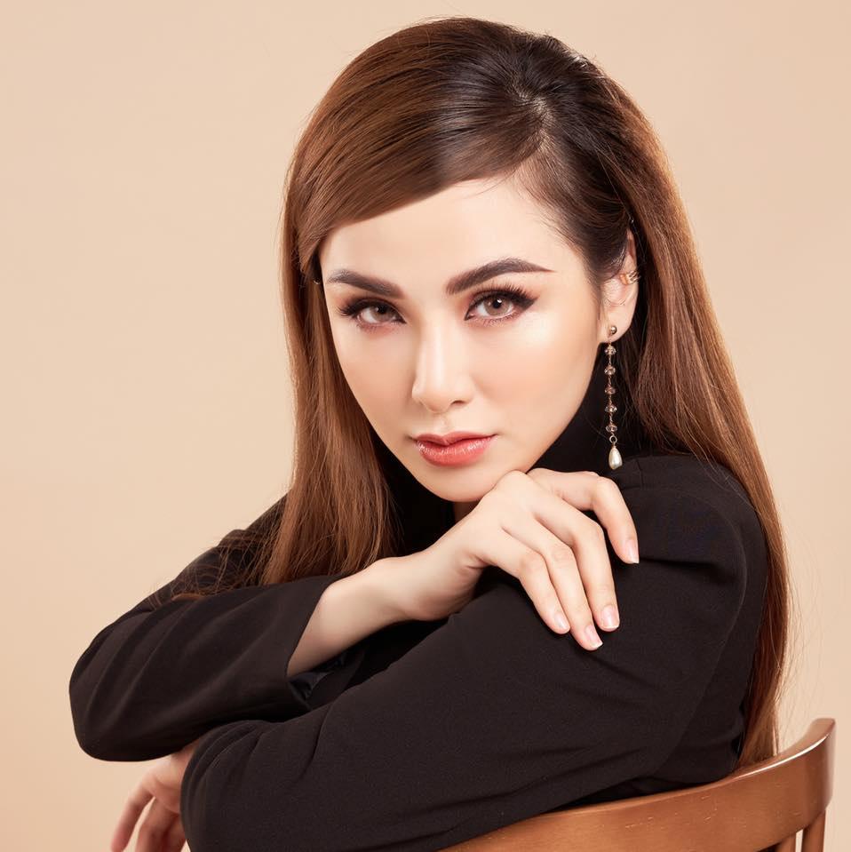 Hoa hậu Diễm Hương và 2 cuộc hôn nhân trái ngược