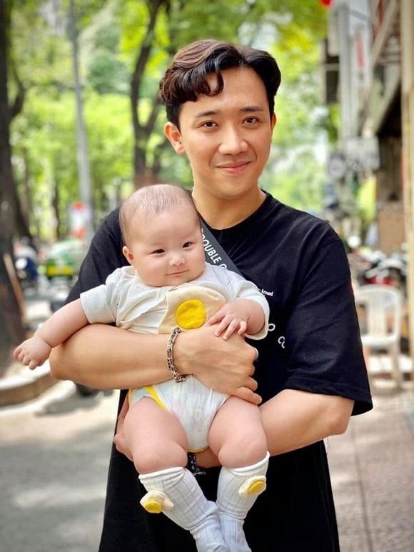 Em gái Trấn Thành lộ vòng 2 ngấn mỡ sau 4 tháng sinh con đầu lòng cho chồng ngoại quốc-8