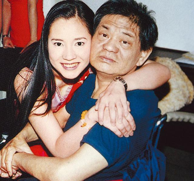 Nữ hoàng phim nóng Hong Kong: Sự nghiệp, sức khỏe lao dốc sau khi đại gia đỡ đầu qua đời-6
