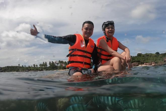 Quang Vinh xin lỗi sau khi bị chỉ trích vì ngồi lên san hô ở Phú Quốc-1