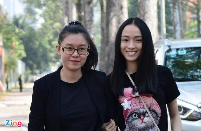 Hoa hậu Phương Nga gửi đơn tố giác công an và VKSND TP. HCM-2