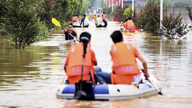 Những hình ảnh đáng sợ về cơn đại hồng thủy miền Nam Trung Quốc gây ra bởi những cơn mưa dai dẳng kéo dài hơn 30 ngày-4