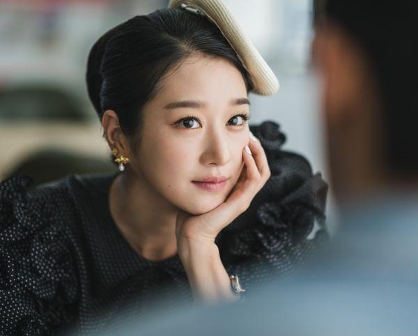 5 mỹ nhân Hàn có tài biến màn ảnh thành sàn diễn thời trang-13
