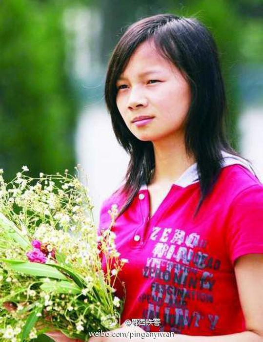Cuộc sống sau 22 năm của cô bé 7 tuổi kiên cường ôm thân cây suốt 9 tiếng giữa trận đại hồng thủy năm 1998-5