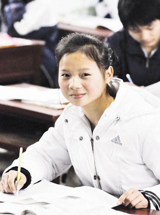 Cuộc sống sau 22 năm của cô bé 7 tuổi kiên cường ôm thân cây suốt 9 tiếng giữa trận đại hồng thủy năm 1998-6