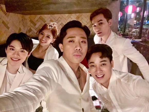 Hari Won tiết lộ nụ hôn 3 tiếng với bạn trai cũ, dân mạng tò mò phản ứng Trấn Thành-1