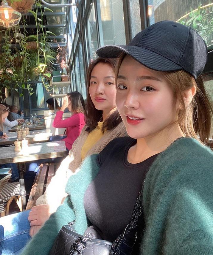 Hé lộ loạt ảnh hiếm hoi về chị ruột xinh đẹp của Ông Cao Thắng-5
