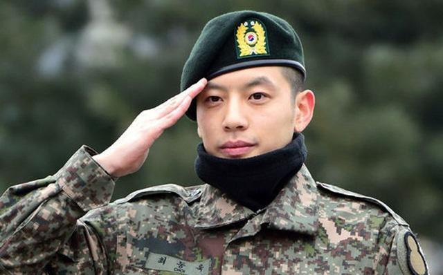 Bi Rain, Psy và loạt sao Hàn từng phạm những điều cấm kỵ khi nhập ngũ-3