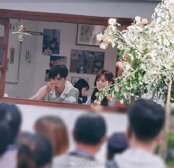 Lý Hiện làm cameo Mật Thất Vây Cá Lội phải chăng để trả nợ cho Hồ Nhất Thiên?-4