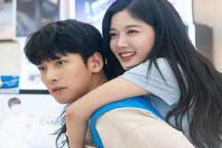 Phim của 'em gái quốc dân' Hàn vướng lùm xùm phân biệt chủng tộc