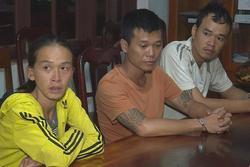 Gái bán dâm cướp giật điện thoại của người bị tai nạn giao thông