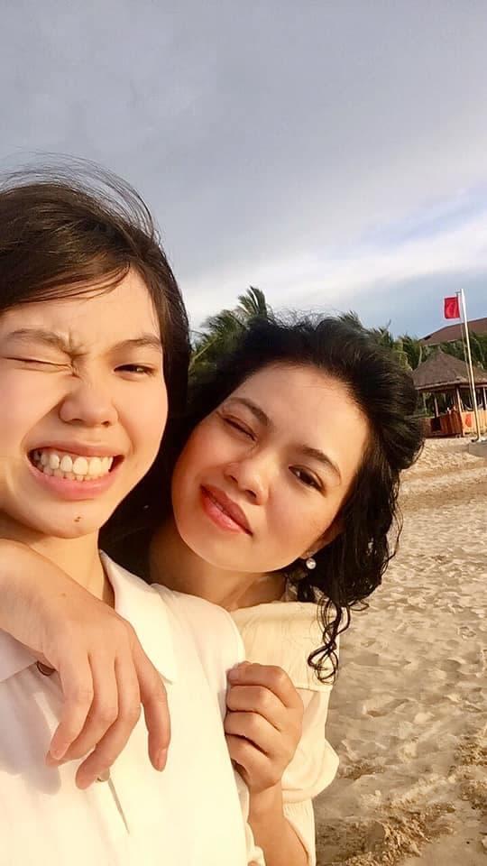 15 tuổi, con gái út của cố nhạc sĩ Trần Lập xinh đẹp phổng phao, ra dáng thiếu nữ-3