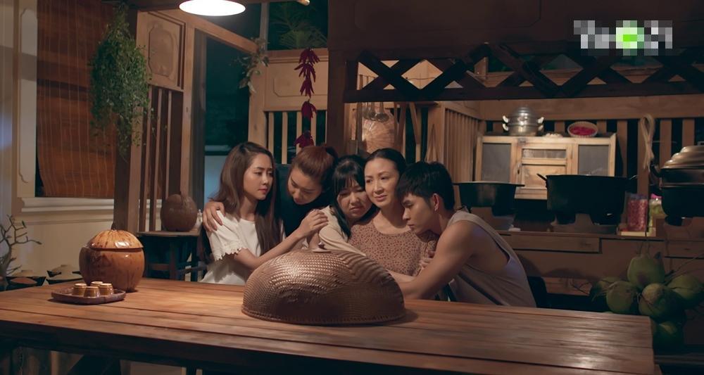 Gạo nếp gạo tẻ phần 2 tập 10: Chị em Lê Khánh - Thúy Ngân bất hòa vì việc tìm lại cha mẹ-1