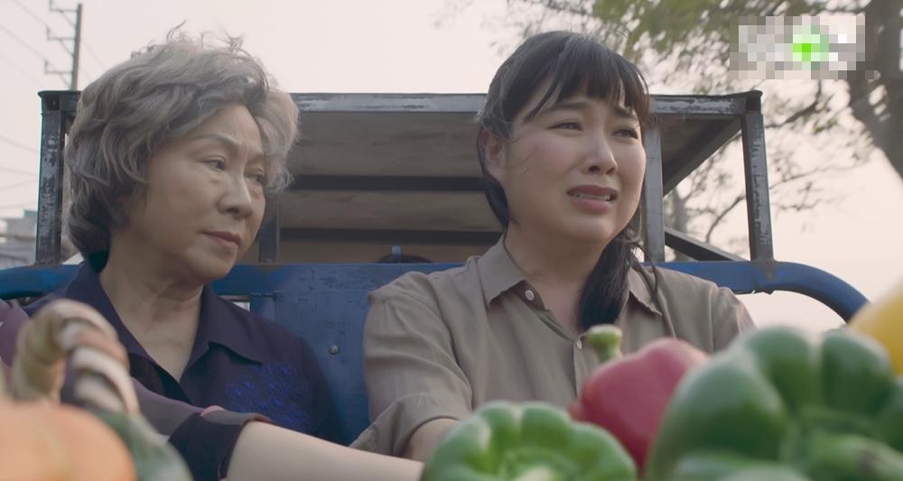 Gạo nếp gạo tẻ phần 2 tập 10: Chị em Lê Khánh - Thúy Ngân bất hòa vì việc tìm lại cha mẹ-5