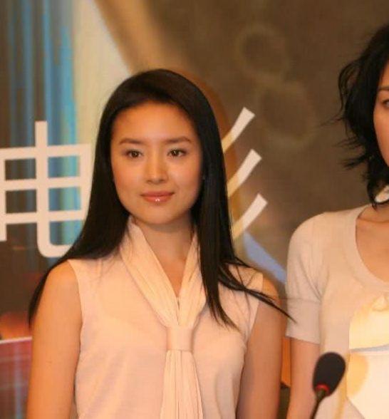 Vương Phi - Đổng Khiết của 14 năm trước: Thiên hậu không kém sắc ngọc nữ-3